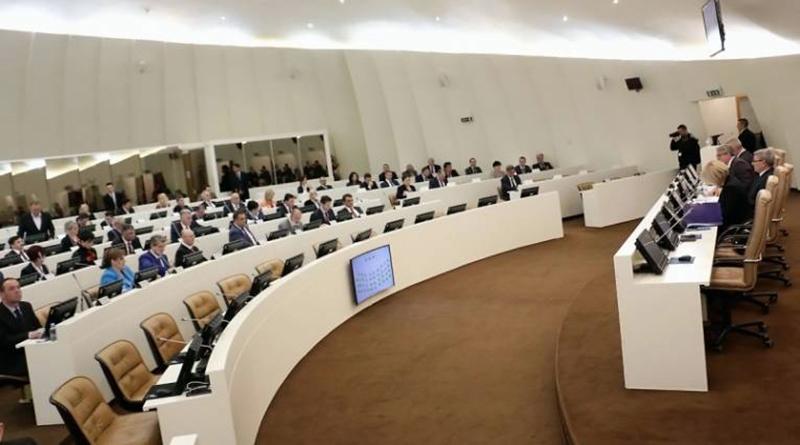 Photo of Poslanici danas o smjeni Mektića