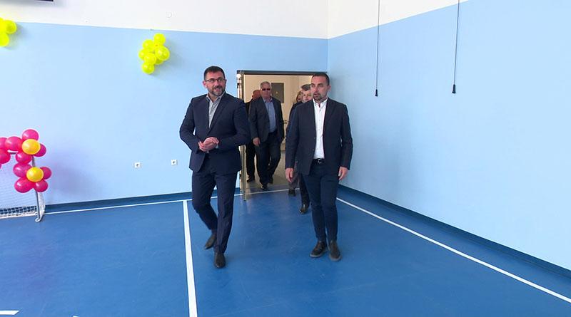 """Photo of U Makljenovcu rekonstruisana fiskulturna sala područne škole """"Dositej Obradović"""""""