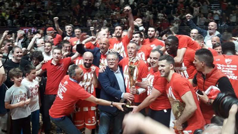 Photo of Zvezda je šampion ABA lige! (FOTO)