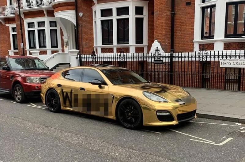 Photo of Britancu prijatelj pisao po zlatnom Porscheu da bi dobio pratioce na Instagramu
