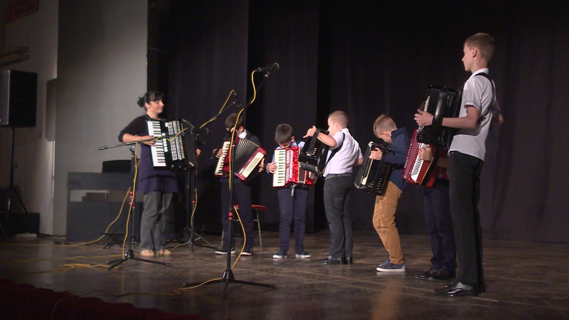 """Photo of DOBOJ: Muzička škola """"Markos Portugal"""" održala promotivni koncert (FOTO)"""