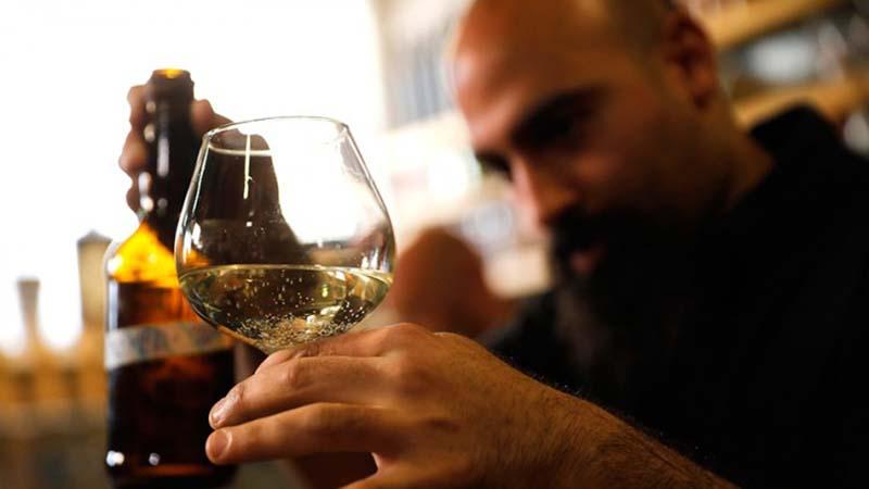Photo of Izraelski naučnici napravili pivo s kvascem iz biblijskih vremena