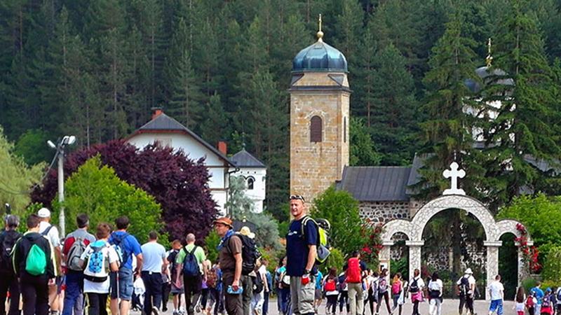 "Photo of Počeo 15. međunarodni ""Ozrenski planinarski maraton 2019"""