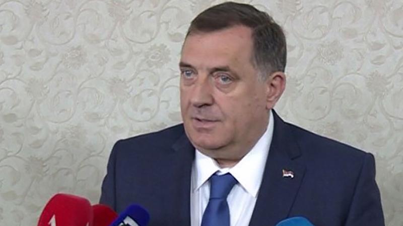 Photo of Dodik: Ramazanski bajram proslaviti u duhu međusobnog poštovanja i solidarnosti