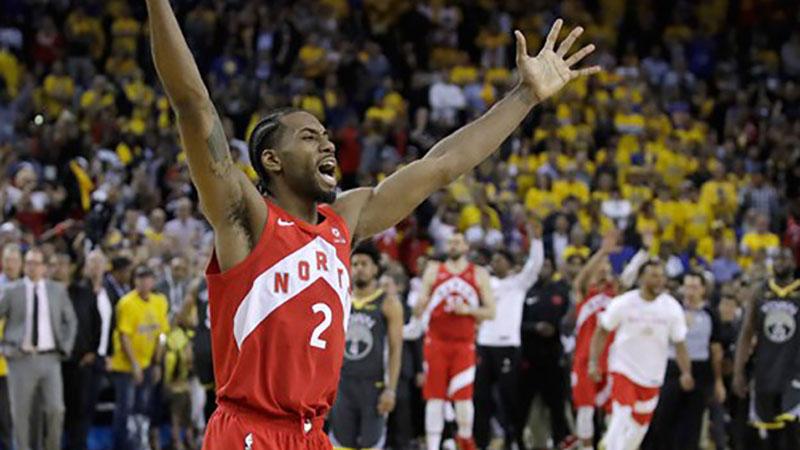 Photo of Toronto nadigrao Golden Stejt, Kanada ima NBA šampiona! (VIDEO)