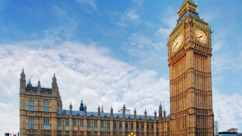 Photo of Big Ben slavi 160. rođendan, zvona se ne čuju jer se renovira