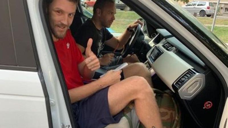 Photo of Sjajna vijest: Kuzmić pušten na kućno liječenje, oporavio se i njegov saputnik iz automobila