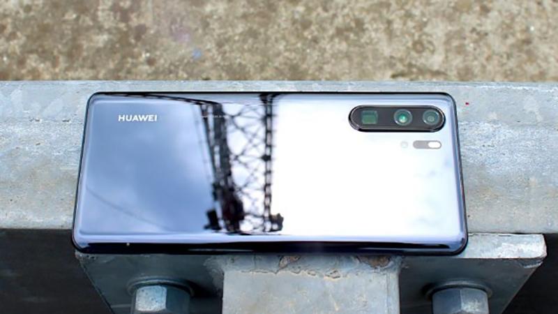 Photo of Prvi Huawei sa sopstvenim operativnim sistemom stiže do kraja godine?