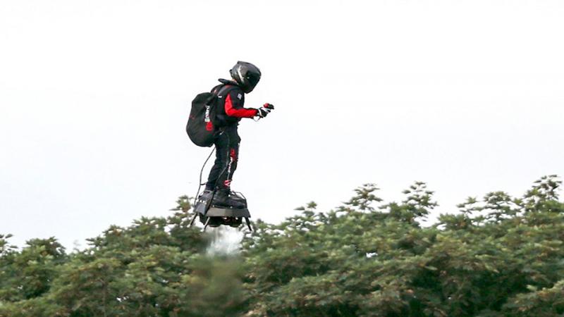 "Photo of Konačno uspio: ""Leteći čovjek"" preletio Lamanš (VIDEO)"