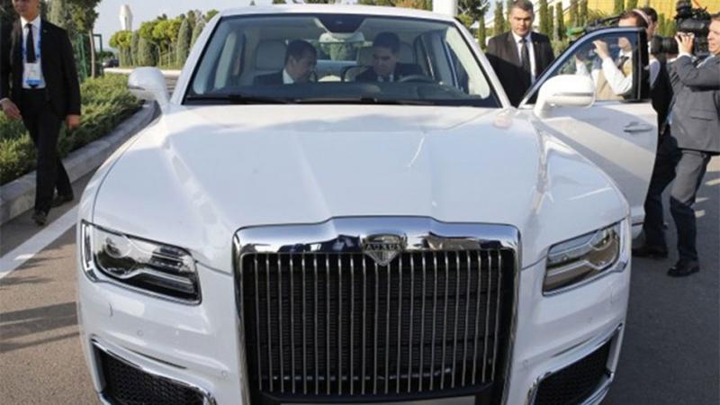 """Photo of Koliko košta Putinov """"Rolls-Royce""""?"""