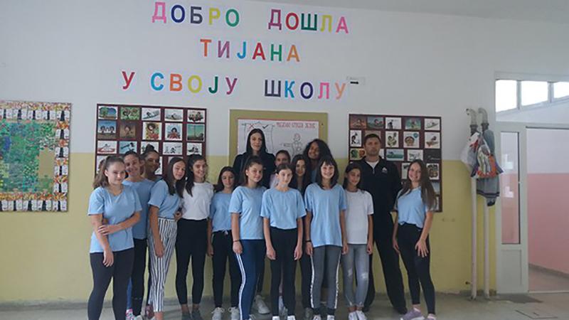 Photo of Tijana Bošković posjetila svoju bivšu školu u Bileći