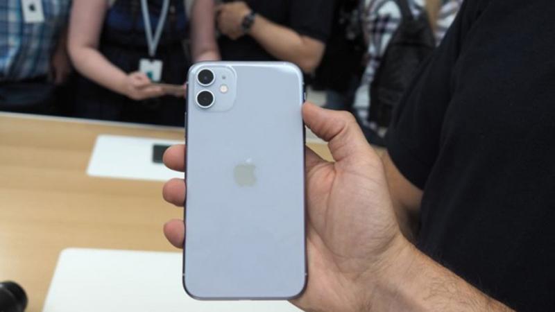 Photo of Apple iznenadio: Novi iPhone bolji ali i jeftiniji od prethodnika (VIDEO)