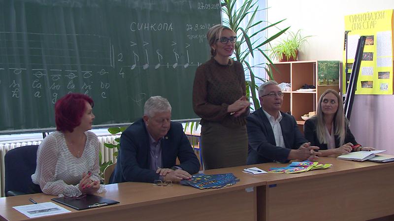 """Photo of DOBOJ: U Osnovnoj školi """"Sveti Sava"""" obilježen Evropski dan jezika (FOTO)"""