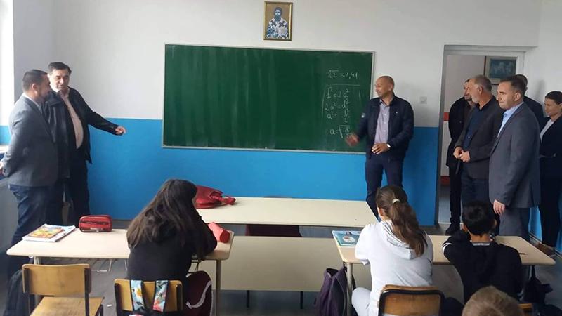 Photo of DOBOJ: Područna škola u Kostajnici dobila centralno grijanje