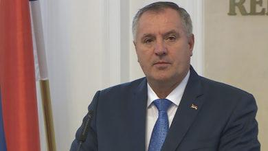 Photo of Višković: Ako ne bude dogovora, Vlada će utvrditi iznos najniže plate (VIDEO)