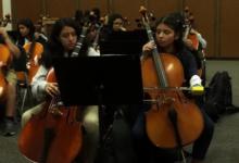 Photo of Kad san postane java: Djevojka rođena bez podlaktice postala je violončelistica