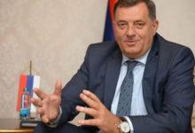 Photo of DOBOJ: Dodik sutra uručuje ključeve stanova mladim bračnim parovima