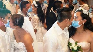 Photo of Parovi na masovnom vjenčanju na Filipinima nosili maske zbog straha od koronavirusa