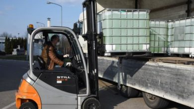 Photo of U Srpsku stigla pomoć iz Srbije – 10.000 litara natrijum hipohlorita (FOTO)