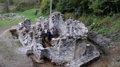 Photo of ZAVIDOVIĆI: Sestre Živković – Podignimo zidine drevnog manastira Udrim