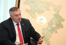 Photo of Višković: Plate u javnom sektoru neće biti smanjene