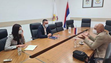 """Photo of DOBOJ: Jerinić najavio podršku """"Prosvjeti"""" (FOTO)"""