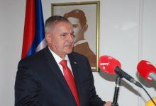 Photo of Višković: Hit je ovih dana tužiti premijera