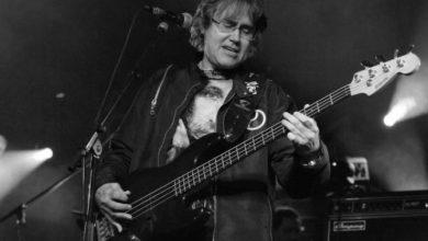 Photo of Preminuo Miša Aleksić, legendarni basista Riblje čorbe