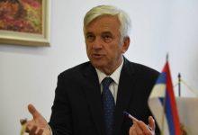 Photo of Čubrilović: Očekujem da će konačno početi da pobjeđuje razum