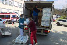 Photo of DOBOJ: Uručena donacija pelena dobojskom porodilištu (FOTO)