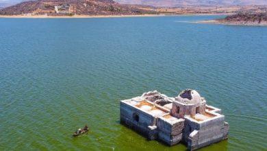 """Photo of Meksiko: Crkva """"izronila"""" iz jezera 40 godina nakon što je poplavljena (FOTO/VIDEO)"""