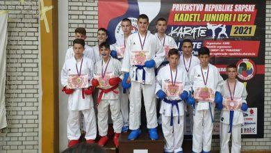 Photo of DOBOJ: Uspješan nastup karatista Sloge na prvenstvu RS za kadete, juniore i mlađe seniore (FOTO)