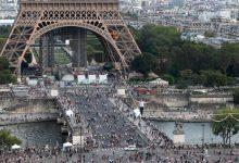 Photo of Francuski akrobata na užetu prešao Senu na 70 metara visine